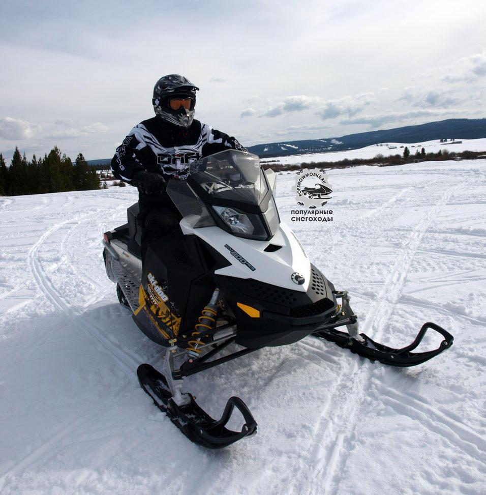 Для Ski-Doo MXZ Sport или серии TNT можно выбрать 4-тактный двигатель Rotax 600 ACE или 550-кубовый с воздушным охлаждением.
