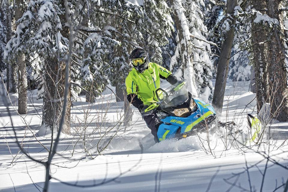 Ski-Doo Renegade Backcountry 850 E-Tec