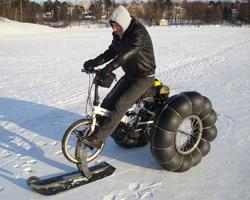 Снегоход из велосипеда на пневмоколесах