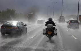 Как ездить в дождь на мотоцикле