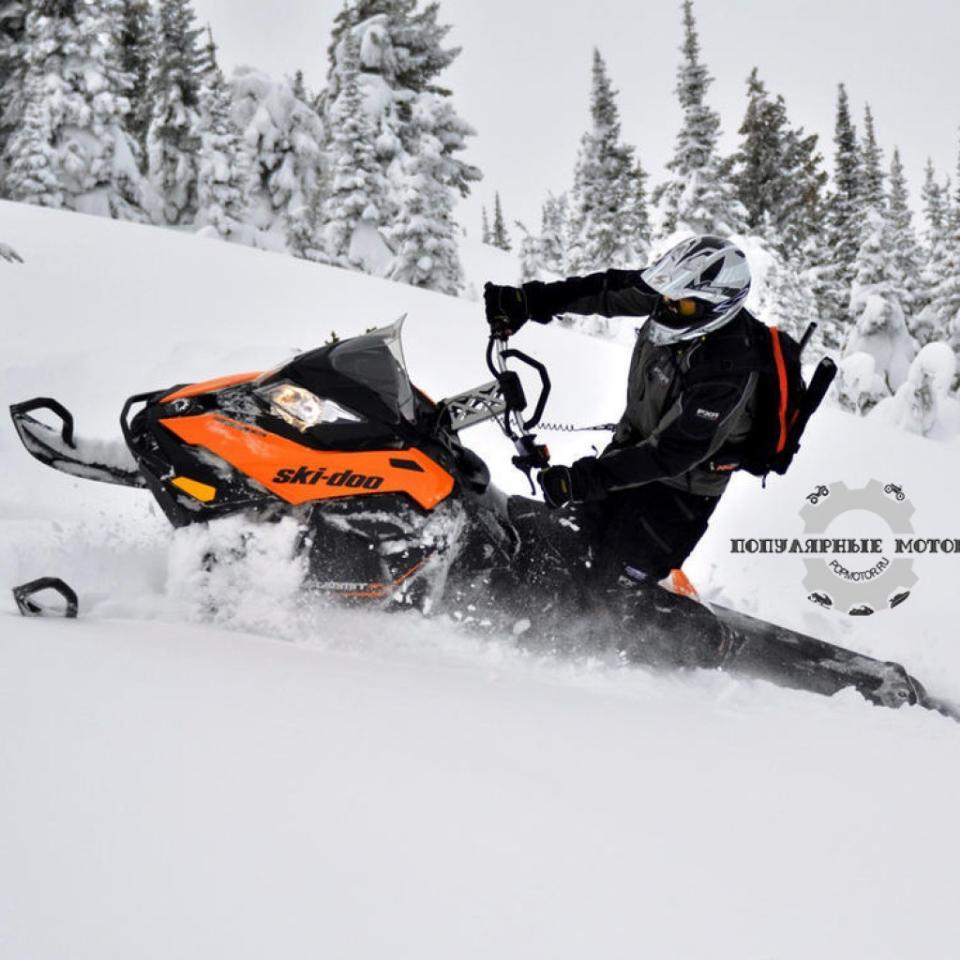 Фото горного снегохода 2013 Ski-Doo XM Summit SP 2013